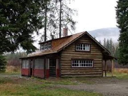 Kootenai cabin